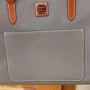 Dooney & Bourke Bags - Nwt Dooney & Bourke large tote authentic